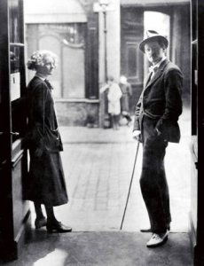 American Sylvia and her Irishman on rue de l'Odeon in the 1920s